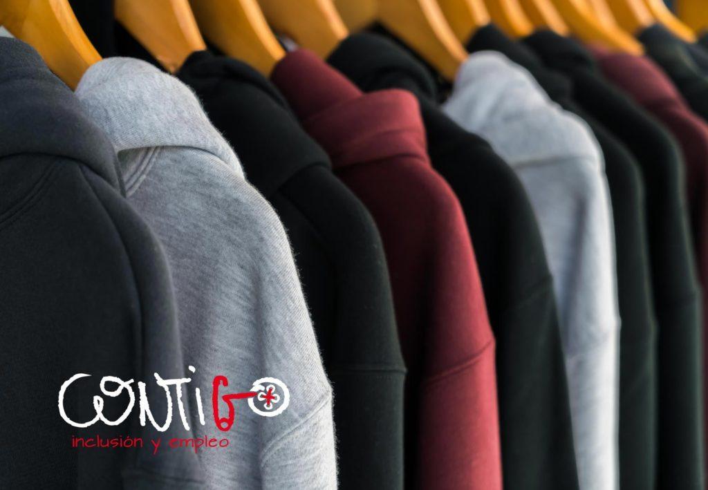 Foto de tiendas de ropa